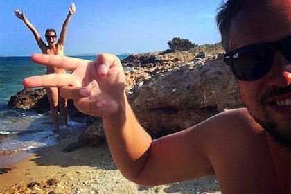 Семья нудистов посетила семь стран без одежды