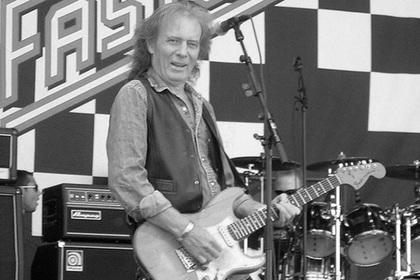 Умер гитарист Motrhead Эдди Кларк