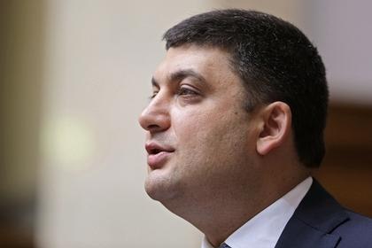 Украинский премьер предложил России вернуть Крым вместе с военной техникой