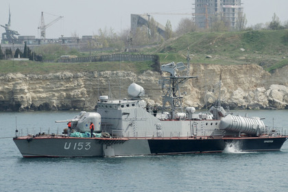 Украинские моряки пригрозили Порошенко вернуться в Крым за квартирами