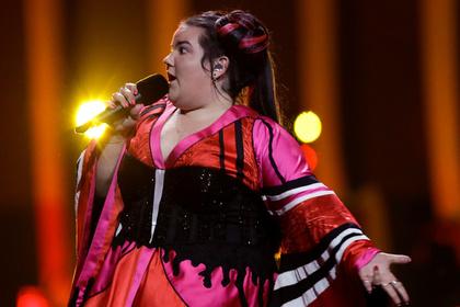 Переводчик назвал победительницу «Евровидения» коровой и подставил Нетаньяху