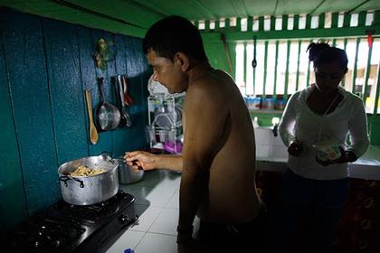 Колумбийцев попросили воздержаться от секса из-за жары