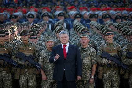 Порошенко приказал войскам в Донбассе стрелять из всего оружия