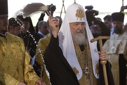 В РПЦ призвали Порошенко не преследовать верующих