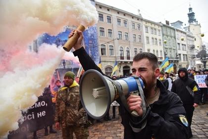 Аваков нецензурно предрек Украине власть с низкой социальной ответственностью