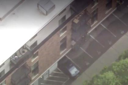 Ребенок упал с шестого этажа и остался жив