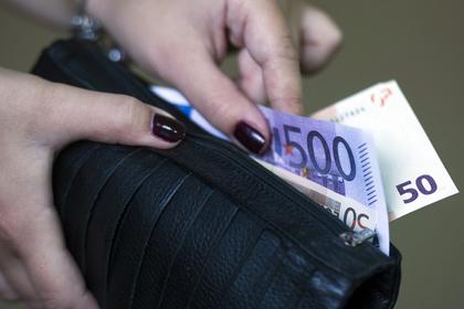 Россияне отказались от сбережений на «черный день»