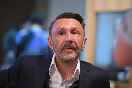 Шнуров в стихах поддержал журналиста Голунова