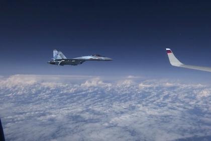 Установлен приблизившийся к самолету Шойгу истребитель НАТО