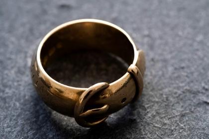 «Индиана Джонс мира искусства» отыскал украденное кольцо Оскара Уайльда