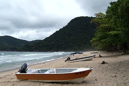 Туристку изнасиловали в снятой на побережье вилле во время отдыха с мужем