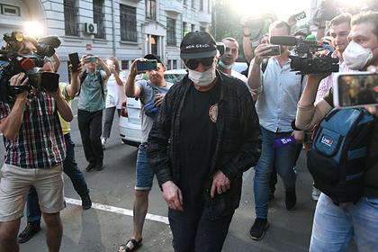 Адвокат Ефремова рассказал о борьбе за деньги в семье Захарова