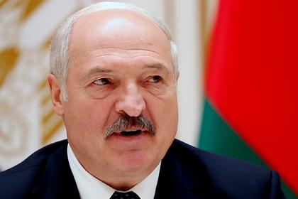 Лукашенко счел выборы вторичными по сравнению со сбором урожая