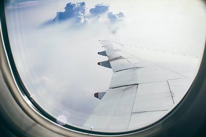 Российский SSJ-100 подал сигнал бедствия после вылета из аэропорта