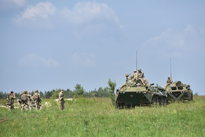 Украина запланировала провести военные учения на границе с Крымом