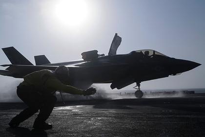 В США назвали F-35 крысиной дырой