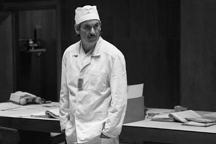 Звезда сериала «Чернобыль» Пол Риттер умер от рака мозга
