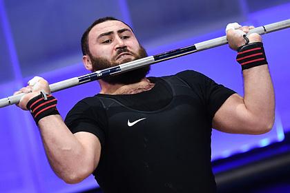 Чемпион мира по тяжелой атлетике насмерть сбил человека