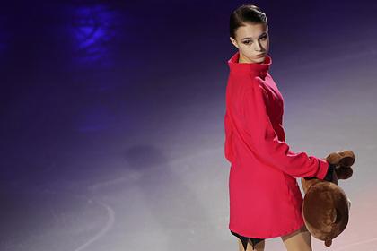 Щербакова стала лидером после короткой программы на командном чемпионате мира