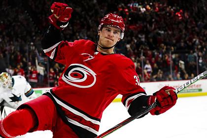 Россиянин сделал хет-трик Горди Хоу в матче НХЛ