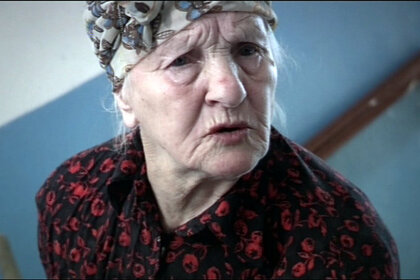 Актрису из фильма «Брат» выгнали из квартиры и вынудили спать в подъезде