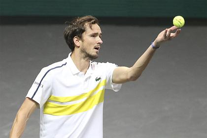 Теннисист Медведев вновь стал второй ракеткой мира