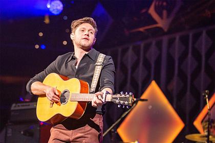 Участник One Direction рассказал об алкоголизме и депрессии во время тура группы