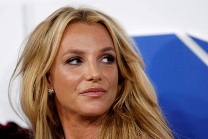 Бритни Спирс решила найти влиятельного адвоката ради избавления от опеки отца