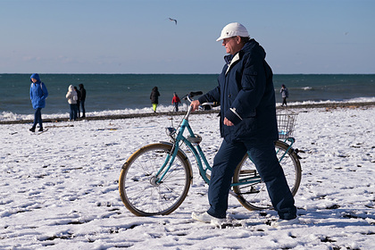 В Сочи пообещали открыть 25 зимних пляжей