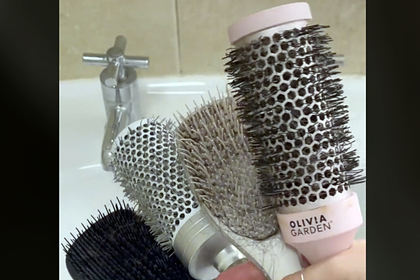 Парикмахер раскрыла причину быстрого загрязнения волос