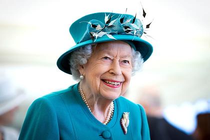 В Букингемском дворце рассказали о состоянии Елизаветы II после ночи в больнице